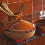 鍋の焦げ付きの落とし方(素材別方法)